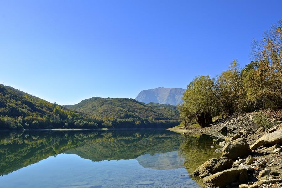 lago di gerosa ap