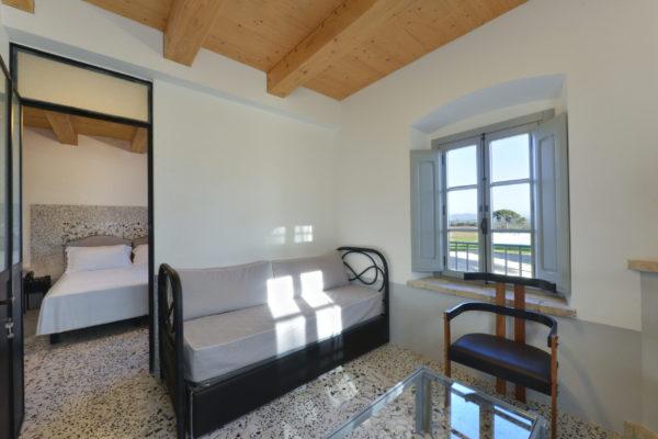 Comfort-Suite-Room-1-stanza-_2_